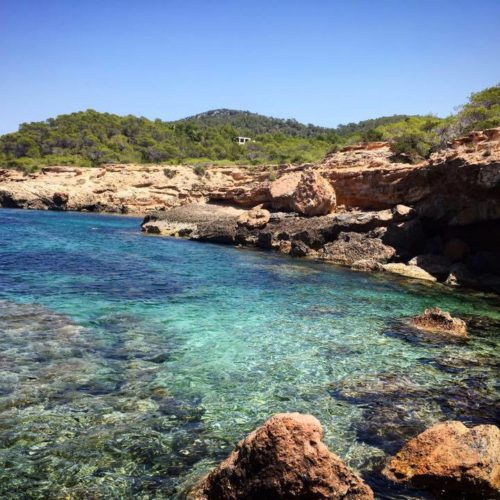 Hidden, calm & cozy! The top 5 secret beaches of Ibiza