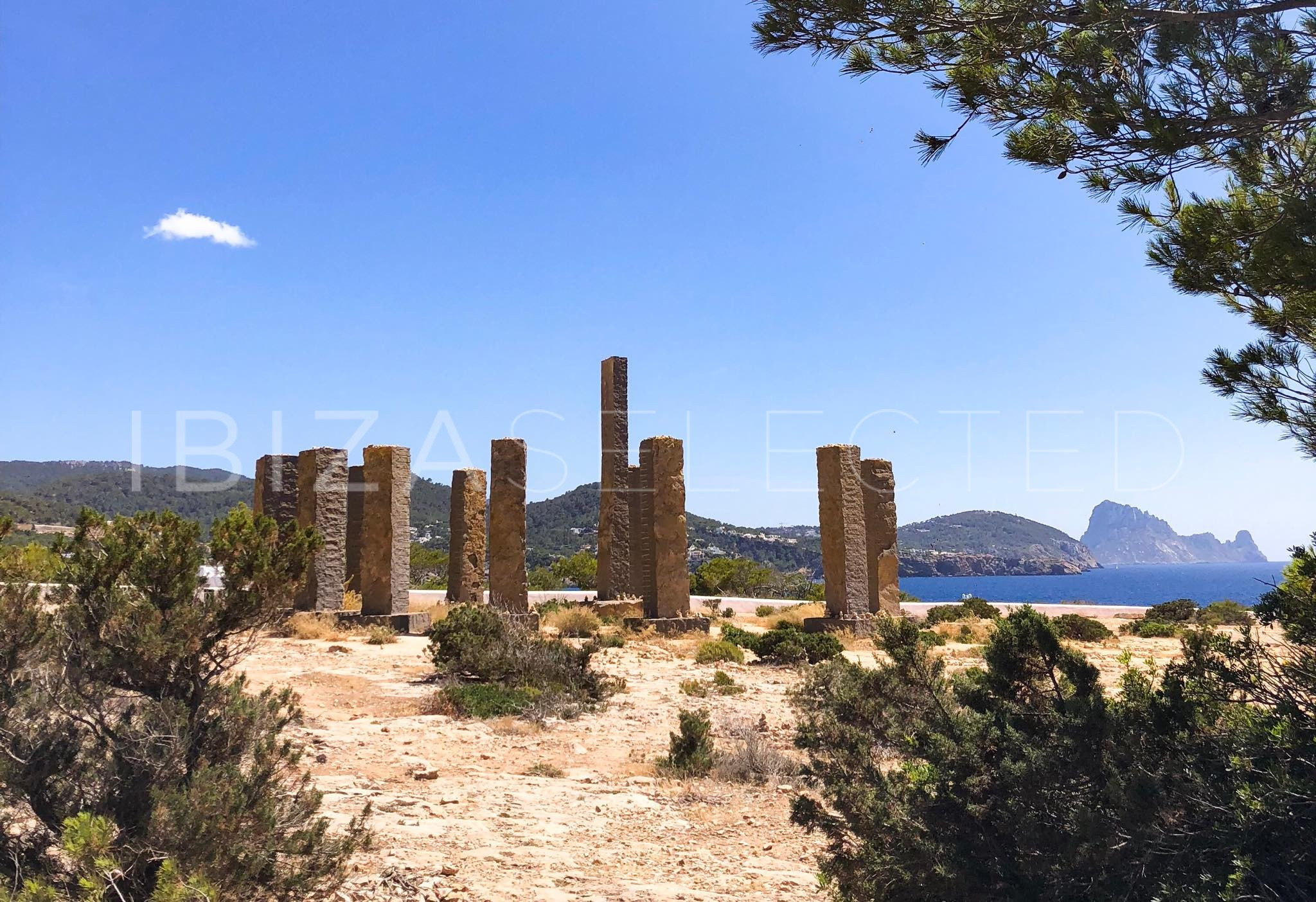 The healing energy field Ibiza's – Experience the magical places of ancient legends & myths