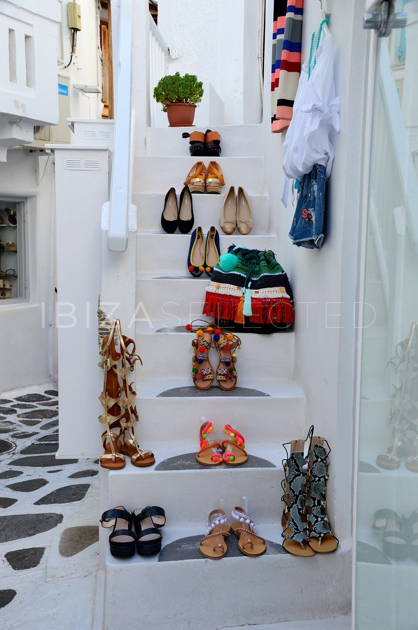 Shopping in Ibiza – designer, traditional or mainstream?